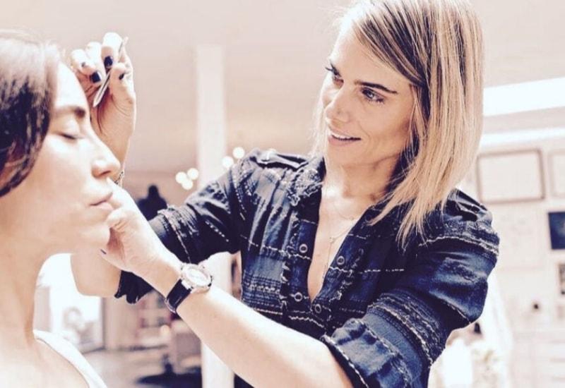 Делаем брови: как правильно придать форму и накрасить