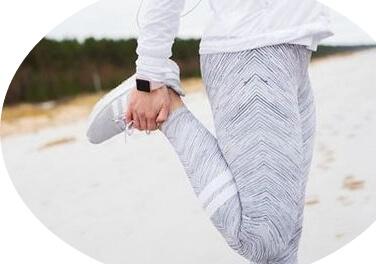Движение улучшает кровоток и согревает ноги