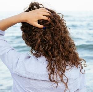 Себорея кожи головы - причины и лечение