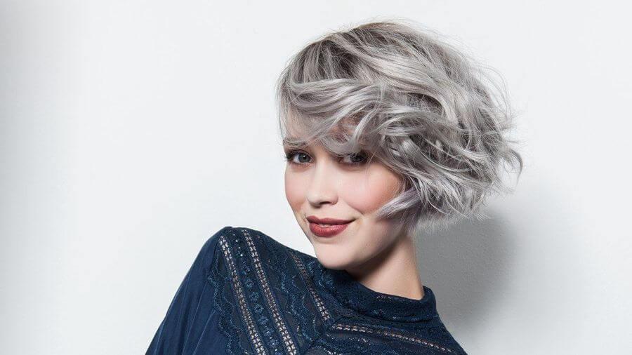 Короткие стрижки на волнистые волосы без укладки