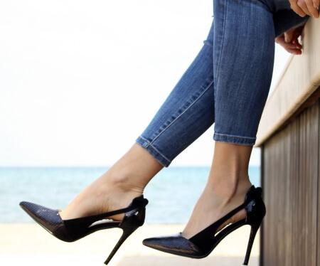 Тяжесть в ногах ниже колена у женщин
