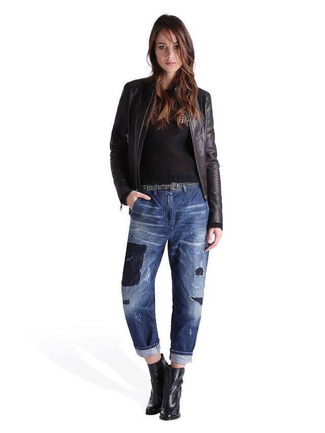 С чем носить джинсы бананы женские