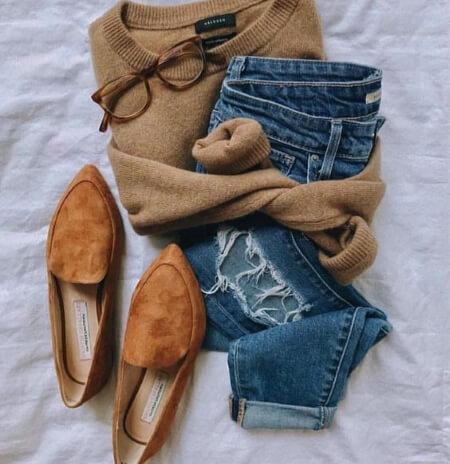 Как носить джинсы со свитером - модные луки с фото