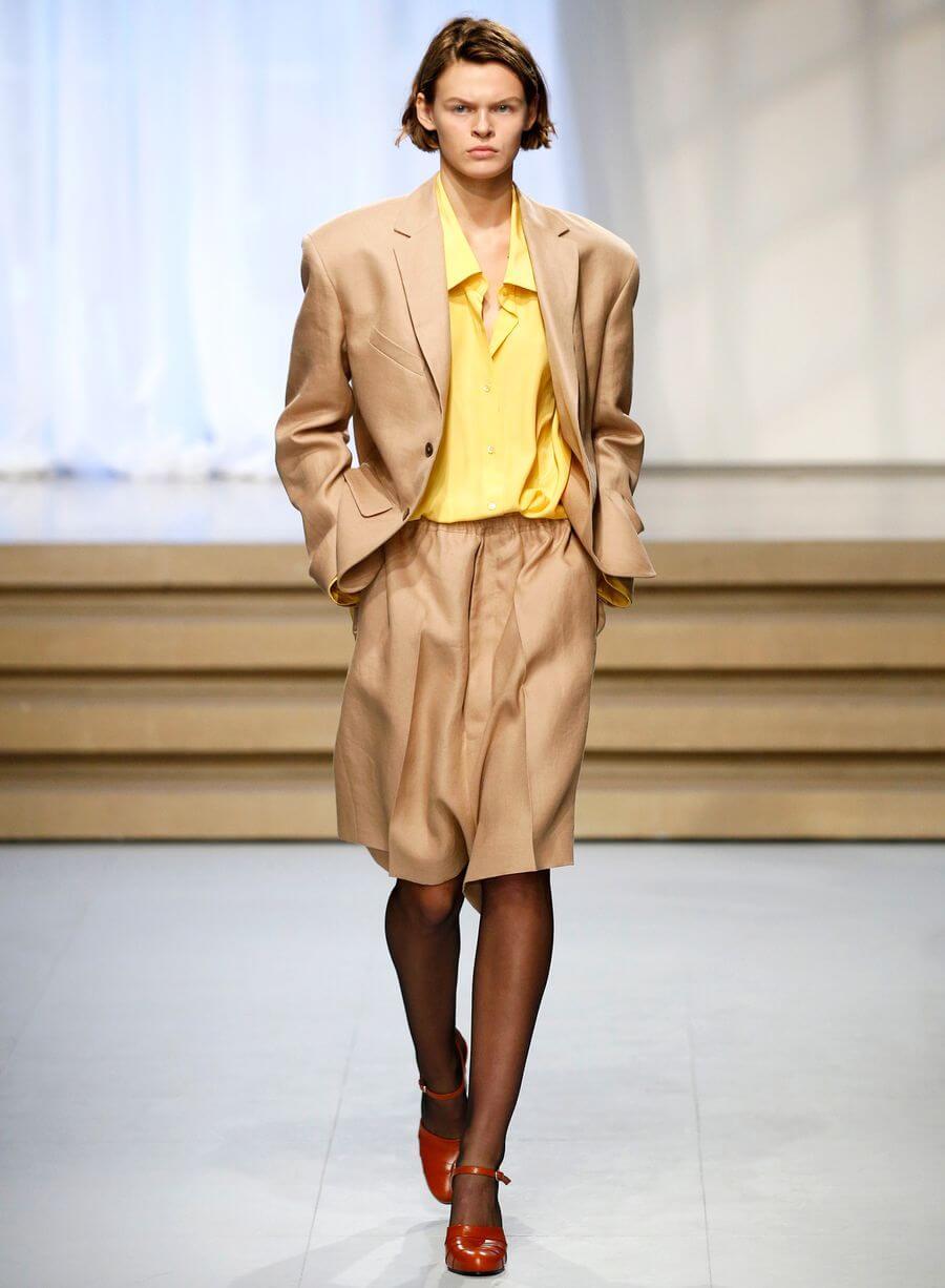 Юбка-шорты - с чем носить и кому идет. Фото модных луков