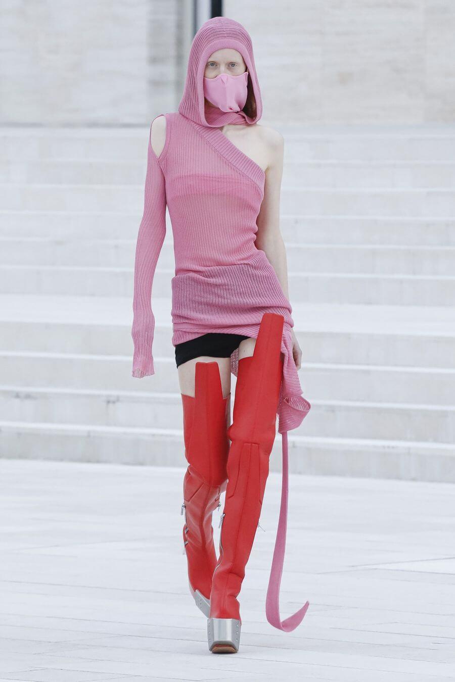Модные свитера женские - осень-зима 2020 2021